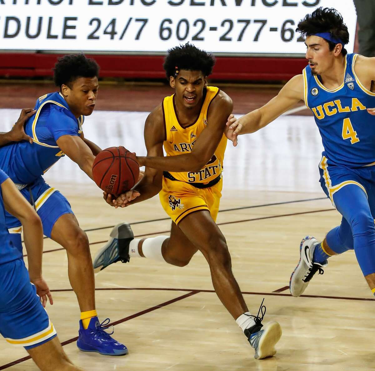 Arizona State Sun Devils guard Josh Christopher (13) drives to the basket during the college basketball game between the UCLA Bruins and the Arizona State Sun Devils on January 7, 2021 at Desert Financial Arena in Tempe, Arizona. (Photo by Kevin Abele/Icon Sportswire via Getty Images)