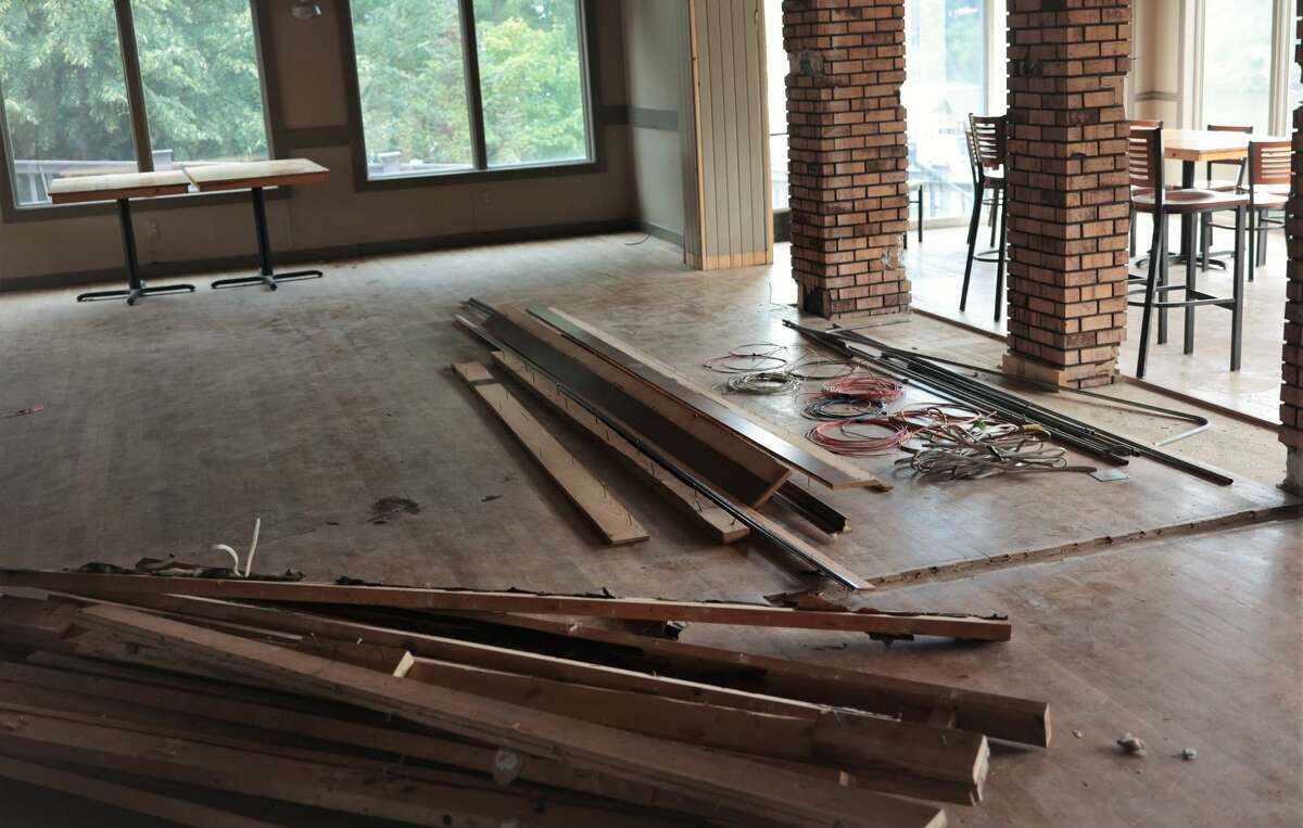 Fricano's continues to undergoes renovations in Downtown Manistee.