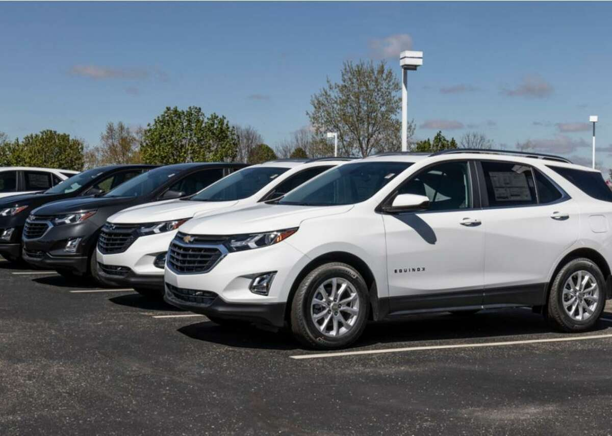 #10. Chevrolet Equinox - Market share of leased model: 1.8% (0.2% lower than in Q4 2020) - Average monthly loan payment: $444 (#9 highest among top 10, 1.8% lower than in Q4 2020) - Average monthly lease payment: $319 (#9 highest among top 10, 0.3% lower than in Q4 2020) The Chevy Equinox is a compact crossover sport utility vehicle, meaning it's an SUV carriage mounted on a chassis typically associated with a car. This gives crossover SUVs a combination of carlike handling with more cargo space and higher visibility. The 2022 Equinox starts at $25,800. Chevy offers a variety of 4 liter engines at different size and performance points, and the Equinox has optional all-wheel drive. Chevy reports the Equinox gets 26 miles per gallon in the city and 31 miles on the highway. This matches up with Environmental Protection Agency numbers for the 2020 Equinox, which it reported gets between 24 and 28 combined city and highway miles for four different powertrains.