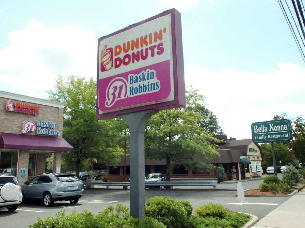 Dunkin' Donuts/Baskin Robbins and Bella Nonna Restaurant on East Putnam Ave., Cos Cob, Wednesday, Sept. 15, 2010.