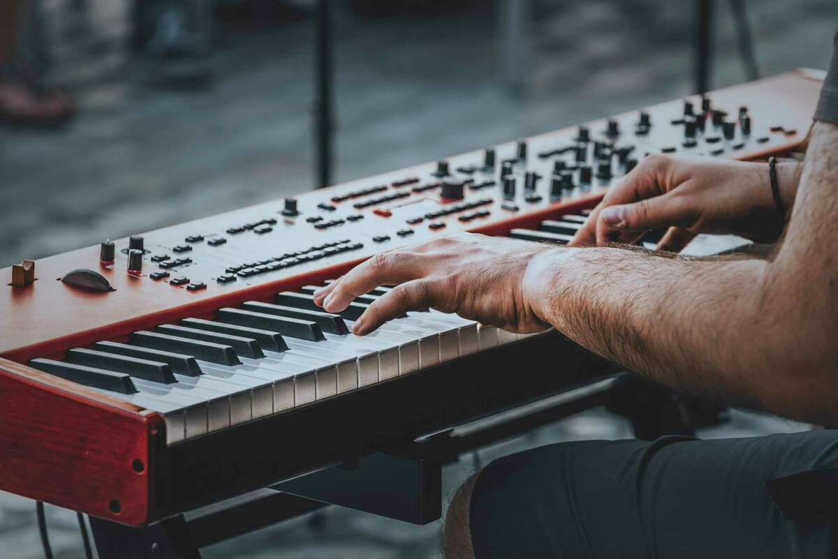 Keyboardist and singer Cole Parkford will be performing some of the classics of the '50s, '60s and '70s at Mineral Springs Park in Frankfort. (Courtesy Photo/Getty Images)