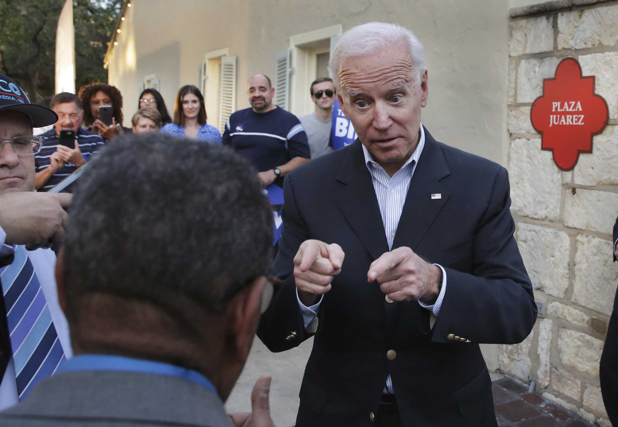 'Leonas' want Biden administration to give Latinas their due