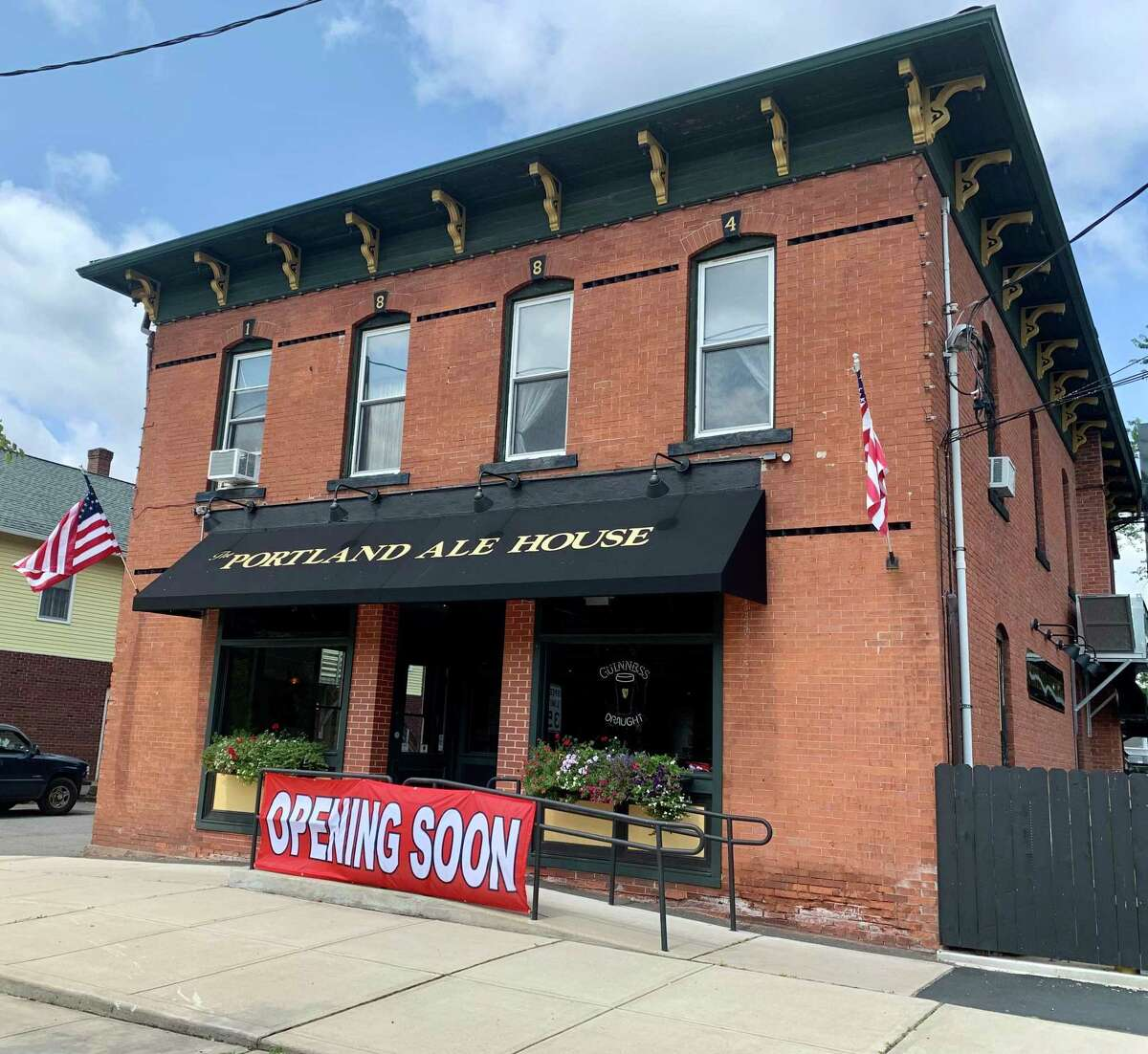 The Portland Ale House, which occupies the building that used to house the Portland Restaurant at 188 Main St., officially opened Thursday.