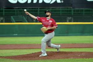 Starting pitcher Jackson Stephens allowed three home runs as the Tecolotes Dos Laredos fell to the Rieleros de Aguascalientes on Friday.