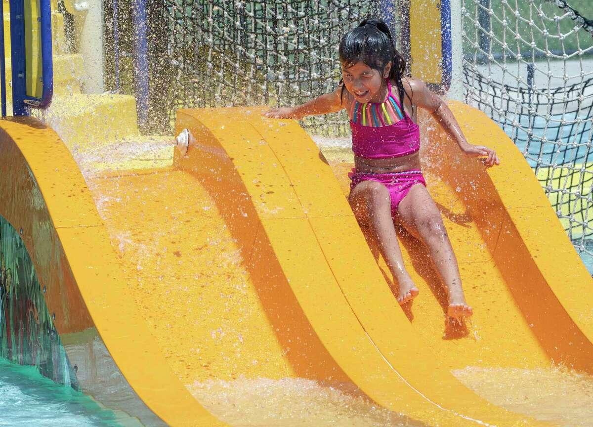 Midlanders try to beat the heat on the last weekend before school starts 07/31/2021 at Doug Russell Aquatic Center. Tim Fischer/Reporter-Telegram