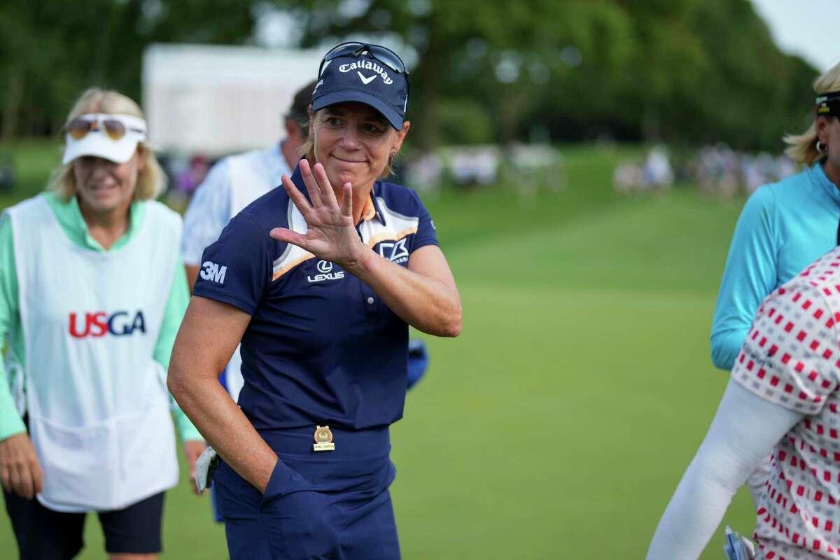 Annika Sorenstam waves to fans after the third round of the U.S. Senior Women's Open on Saturday in Fairfield.