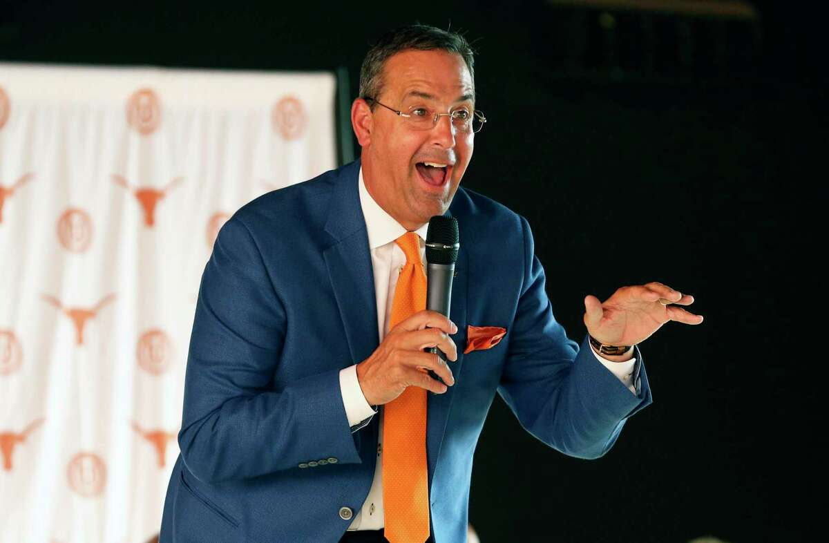 Athletic Director Chris Del Conte talks on stage as The University of Texas Exes bring the Texas Tour to Sunset Station on May 15, 2018.