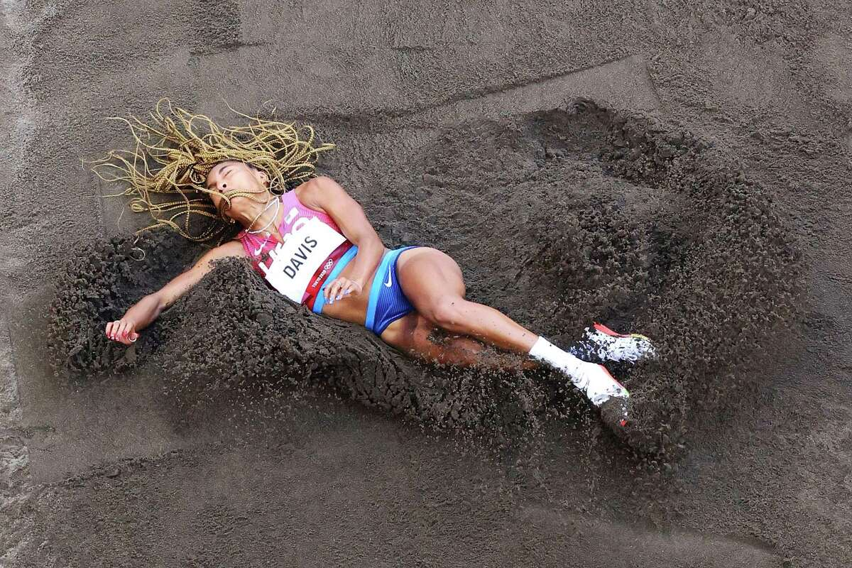 One jump was enough for Texas' Tara Davis to advance to finals of women's long jump.