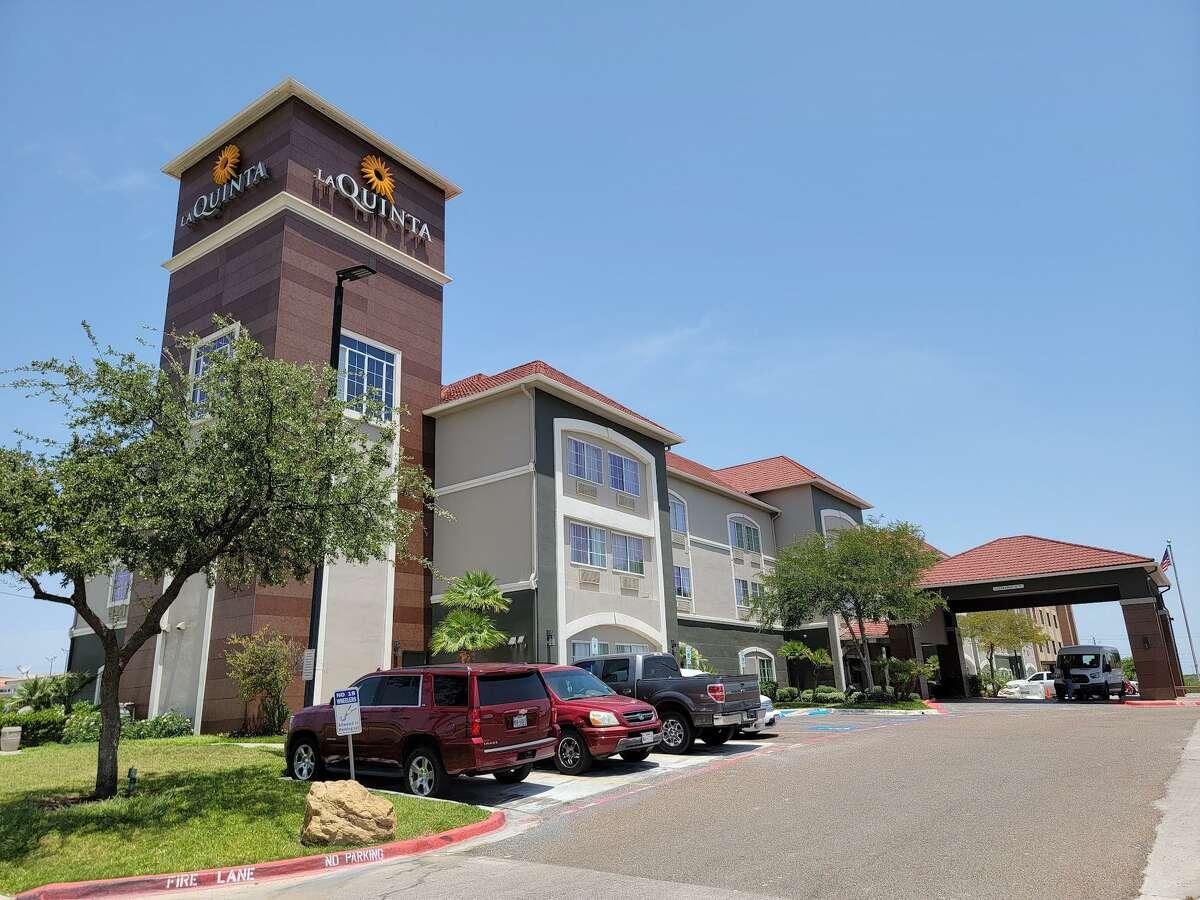 La Quinta Inn & Suites Laredo Airport is located a 7220 Bob Bullock Loop.