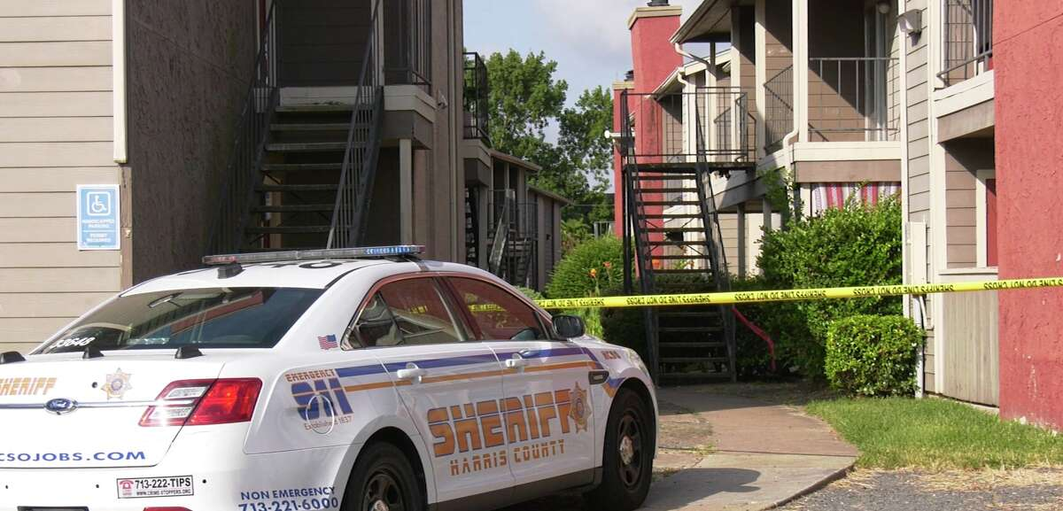 A woman shot and killed her boyfriend Sunday during a fight at their north Harris County apartment, according to authorities.