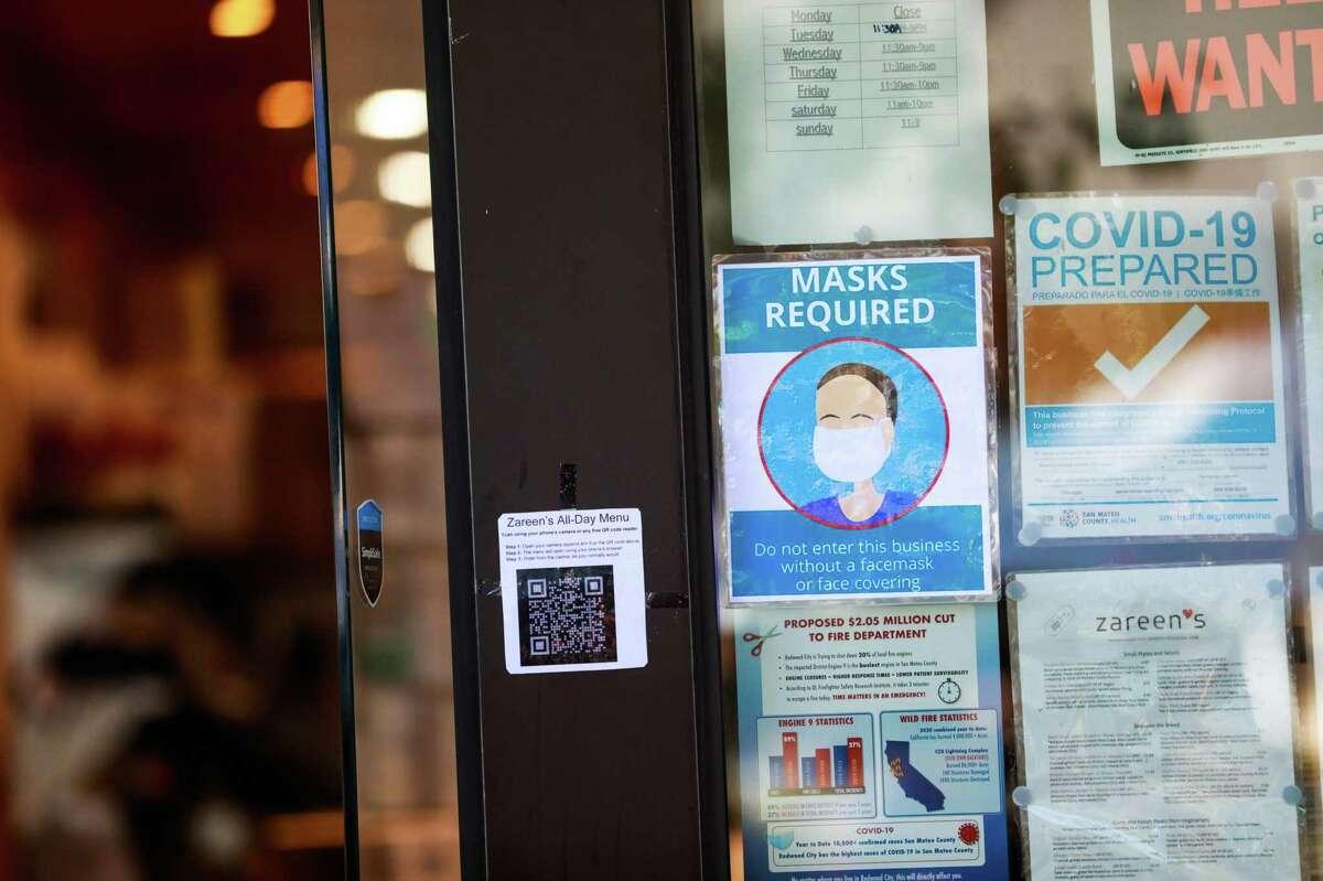 Zareen's restaurant in Redwood City advises customers to wear masks inside.