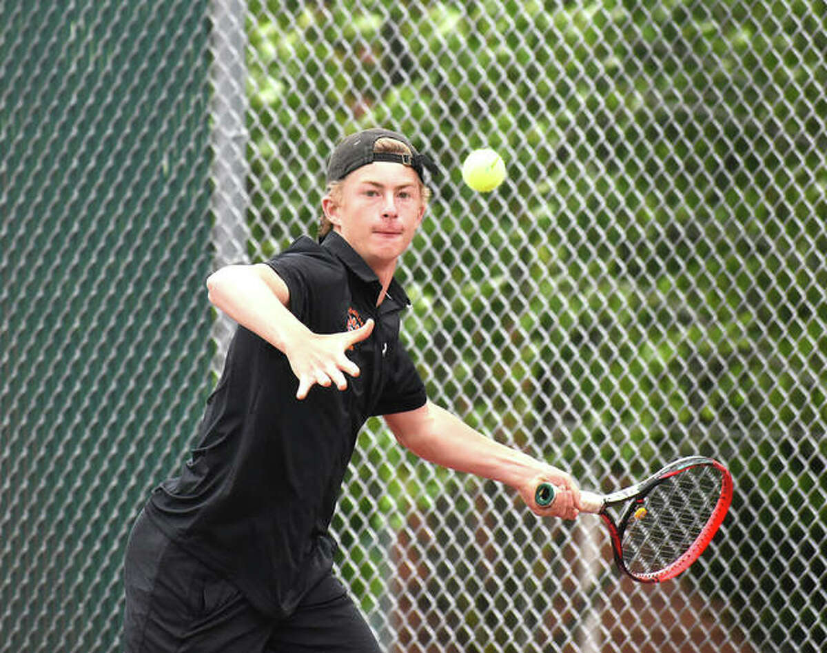 Edwardsville freshman Colton Hulme went 3-2 at the Class 2A state tournament to earn All-State status.