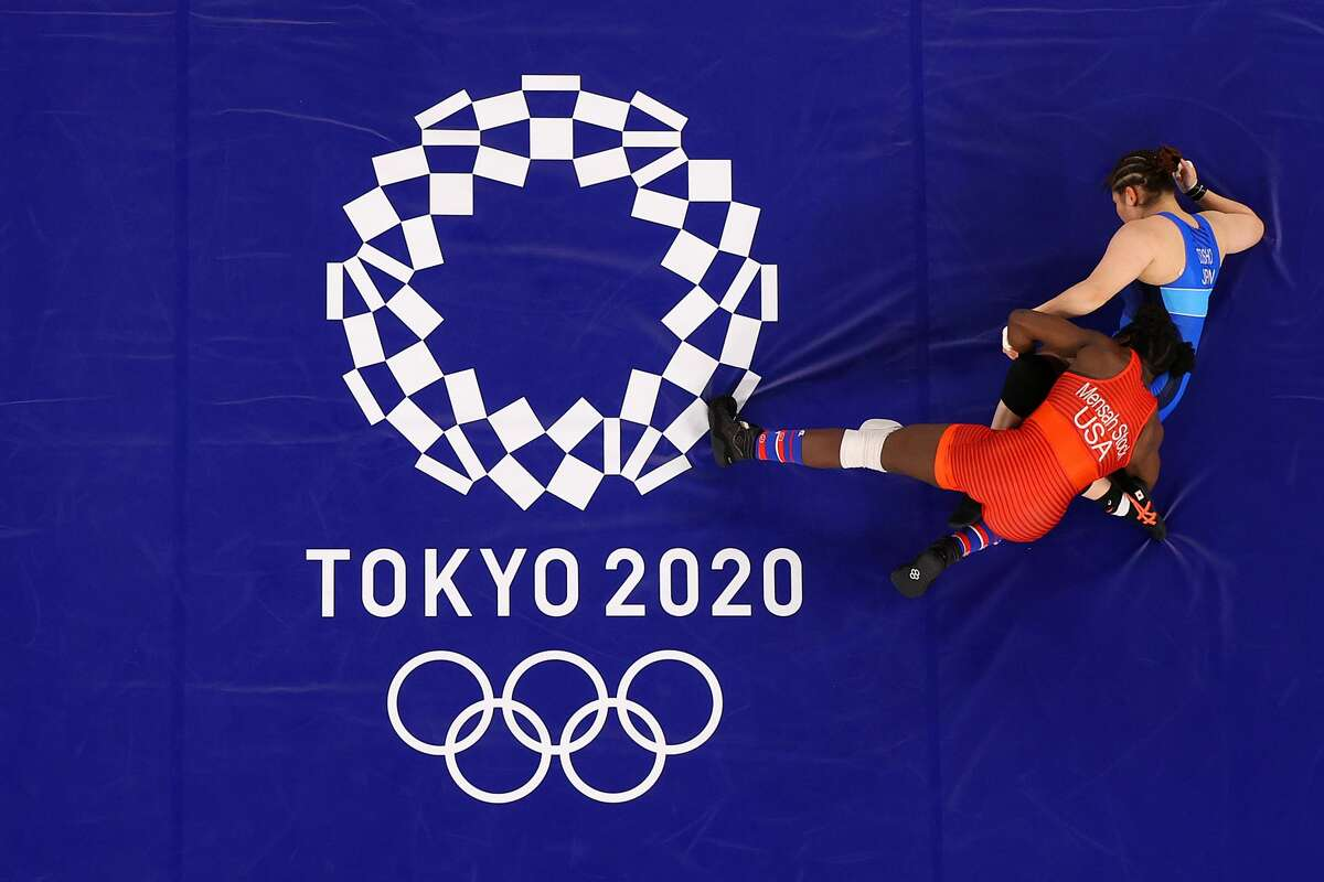 CHIBA, JAPAN - AUGUST 02: Tamyra Marianna Stock Mensah of Team United States competes against Sara Dosho of Team Japan during the Women's Freestyle 68kg 1/8 Final on day ten of the Tokyo 2020 Olympic Games at Makuhari Messe Hall on August 02, 2021 in Chiba, Japan. (Photo by Tom Pennington/Getty Images)