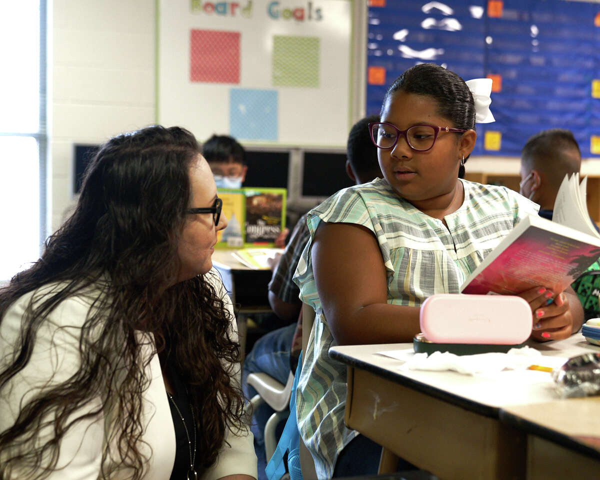 MISD superintendent Angélica Ramsey visits Lamar Elementary on the first day of school on Aug. 2.