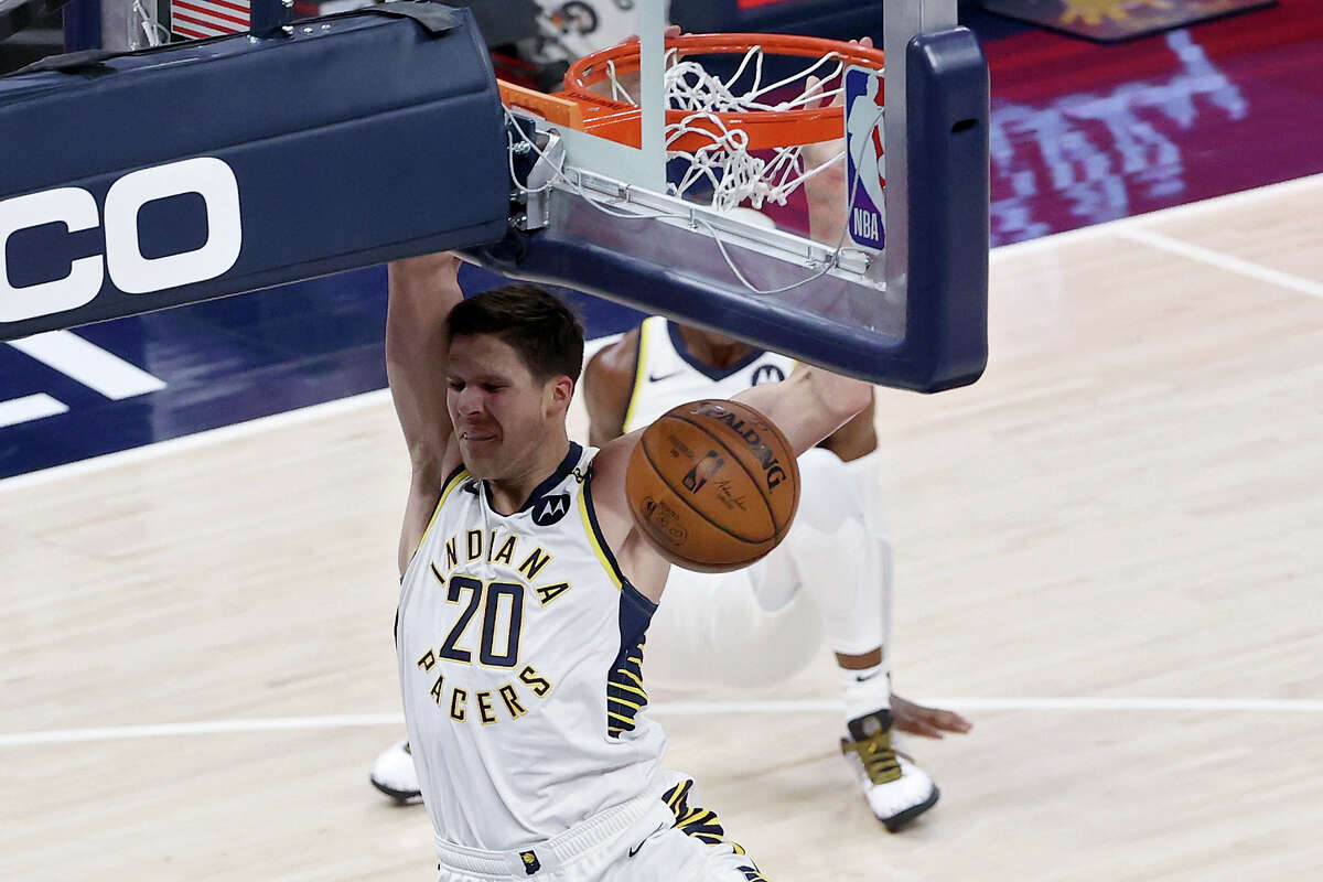 Doug McDermott #20 of the Indiana Pacers dunks the ball in the first quarter against the Atlanta Hawks at Bankers Life Fieldhouse on May 06, 2021 in Indianapolis, Indiana.