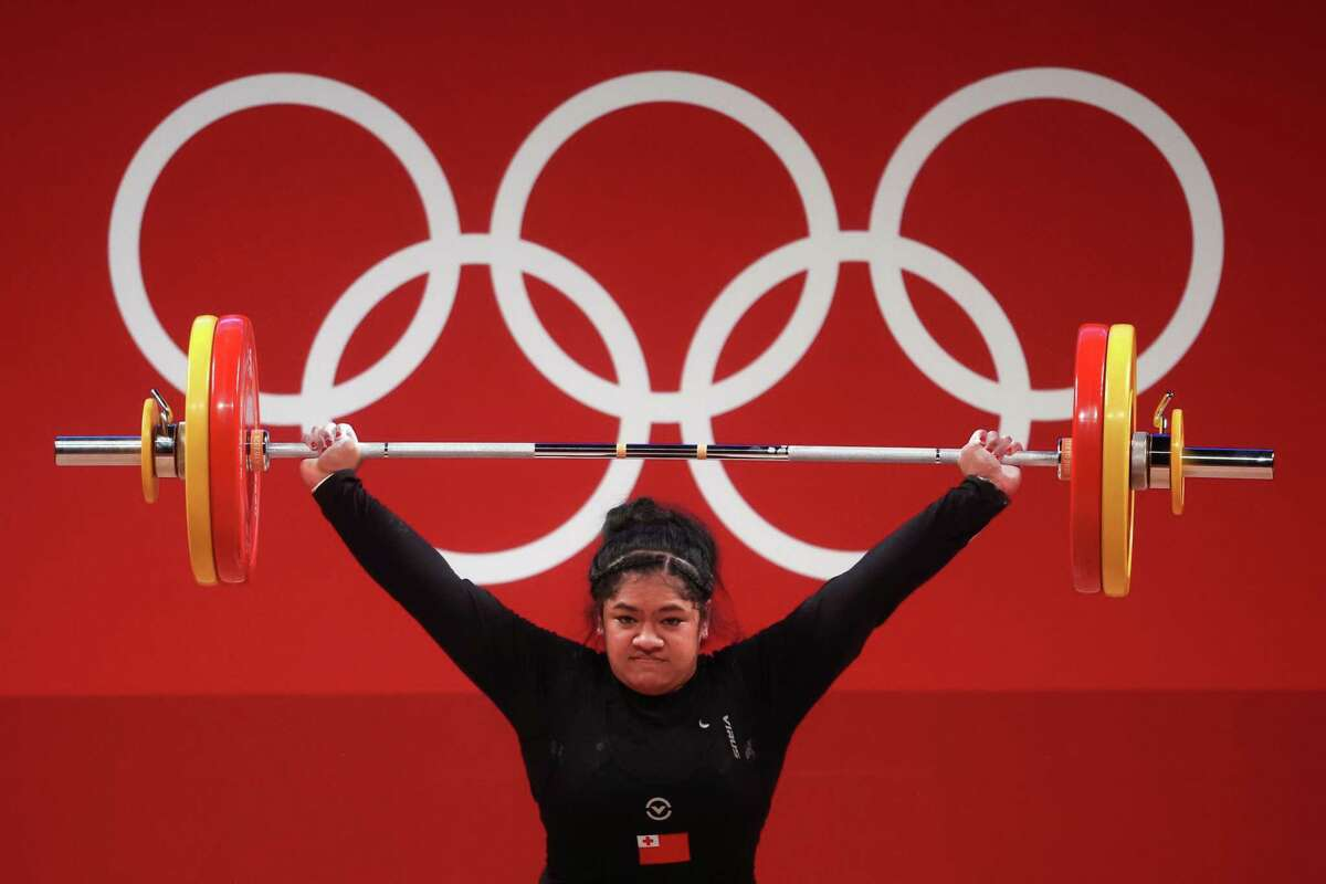 Kuinini Manumua, a San Franciscan representing Tonga, finished eighth in her weight class in the Tokyo Olympics - the best performance for an athlete from her parents' native country in these Games.