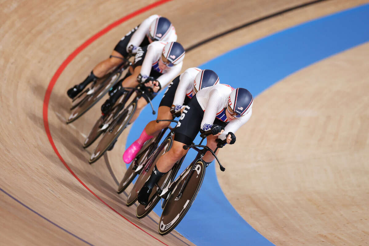 Duanesburg's Emma White and her United States teammates sprint during the Women's team pursuit first round, heat 3 of the Track Cycling on day eleven of the Tokyo 2020 Olympic Games at Izu Velodrome on August 03, 2021 in Izu, Japan. (Justin Setterfield/Getty Images)