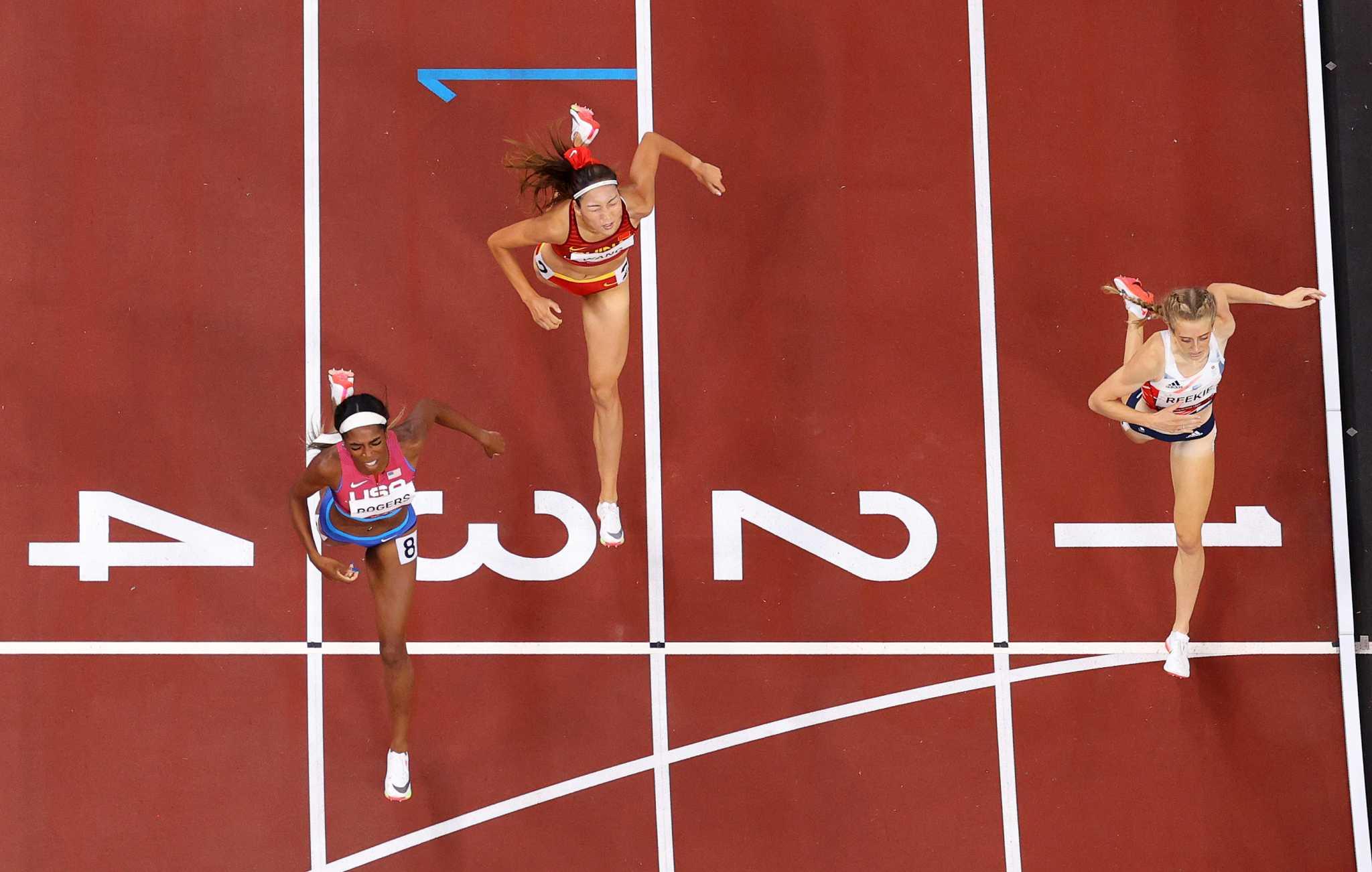 Raevyn Rogers of Kinkaid wins bronze in 800 meters - Houston Chronicle