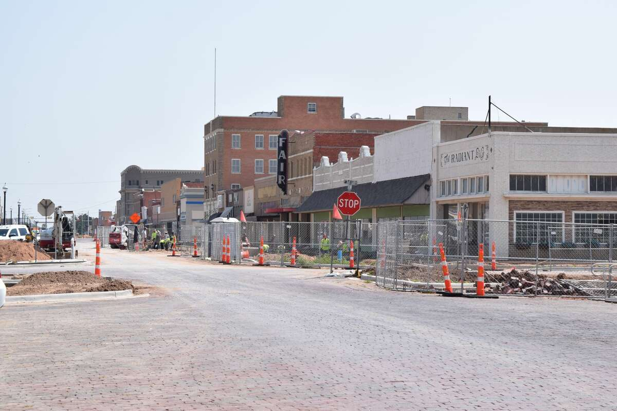 The Downtown Streetscape project is another step toward completion. Construction has expanded to the west side of the 700 and 600 blocks of Broadway for sidewalk and landscaping work.