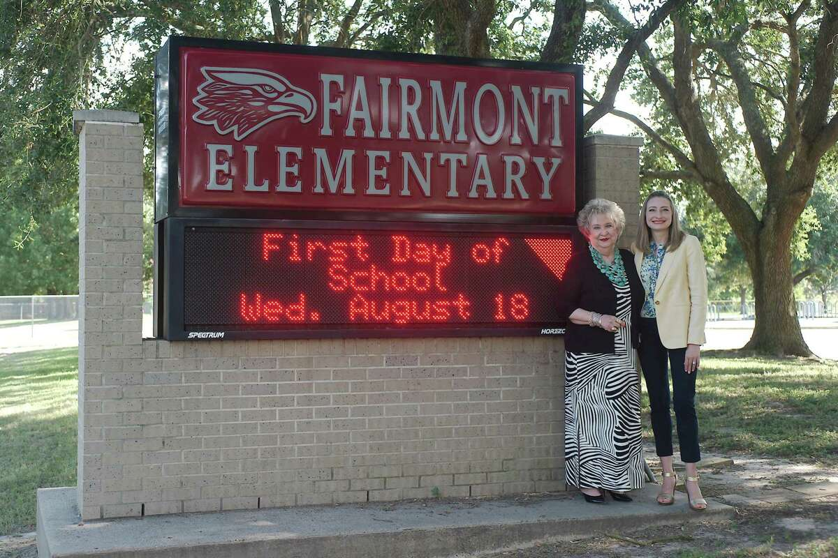 """Fairmont Elementary School opened in 1990 under the leadership of Peaches McCroskey, center. Her daughter, Melissa Fagan, the school's new principal, at tended Fairmont as a child. """"It is so neat to come back to the place that built me and helped create who I am,"""" Fagan says."""