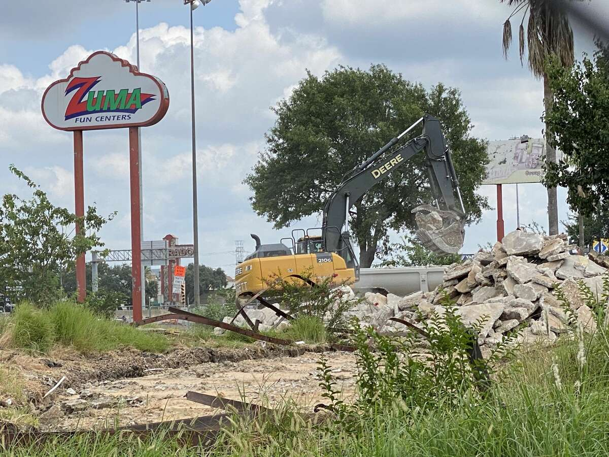 Demolitions crews have been working for weeks at the former site of Celebration Station/Zuma Fun Center in southwest Houston.