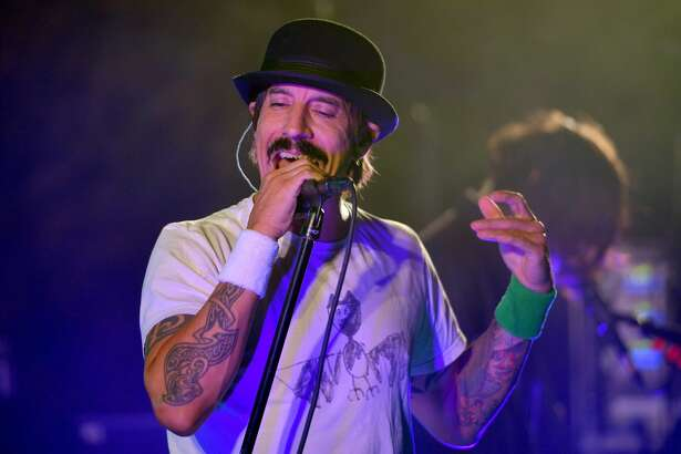 """HOLLYWOOD, CALIFORNIA - OCTOBER 12: Anthony Kiedis of The Red Hot Chili Peppers performs onstage during Oceana's Fourth Annual """"Rock Under The Stars"""" Featuring The Red Hot Chili Peppers on October 12, 2019 in Hollywood, California. (Photo by Matt Winkelmeyer/Getty Images for Rock Under The Stars)"""