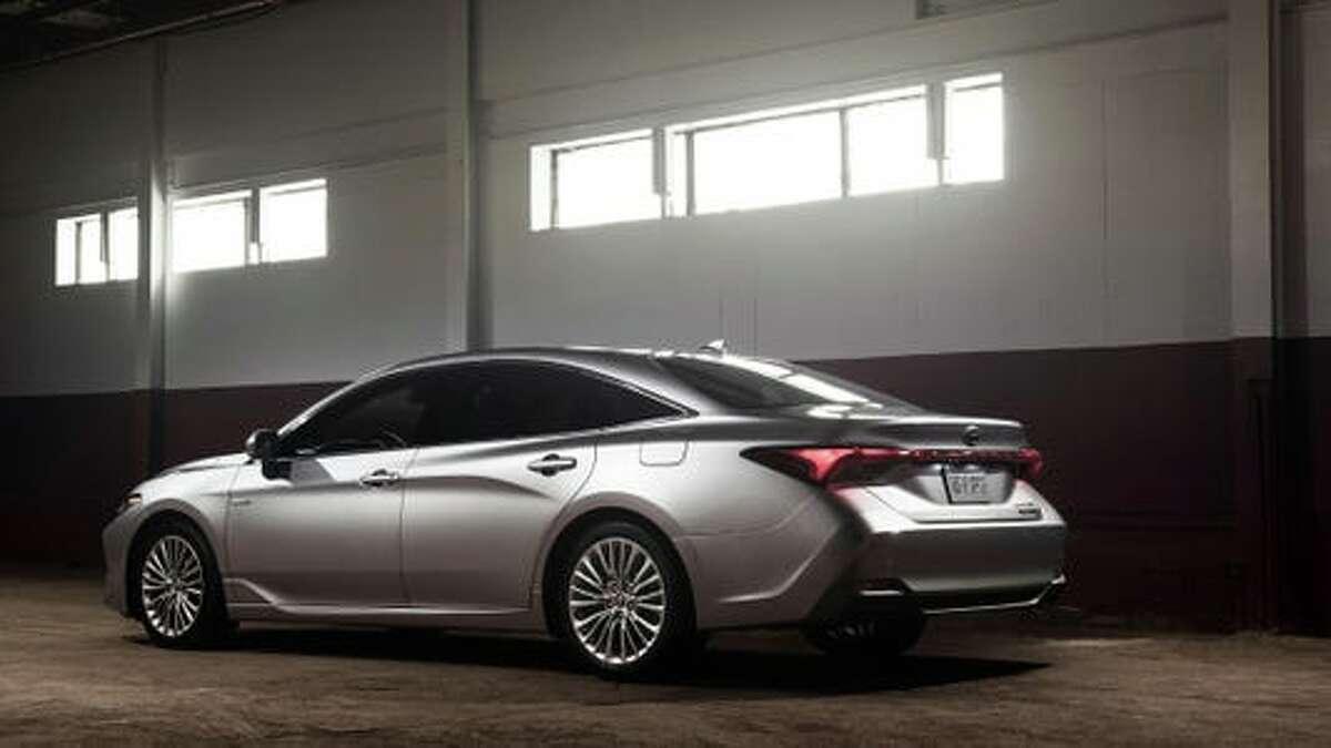 Toyota 2021 Toyota Avalon Hybrid
