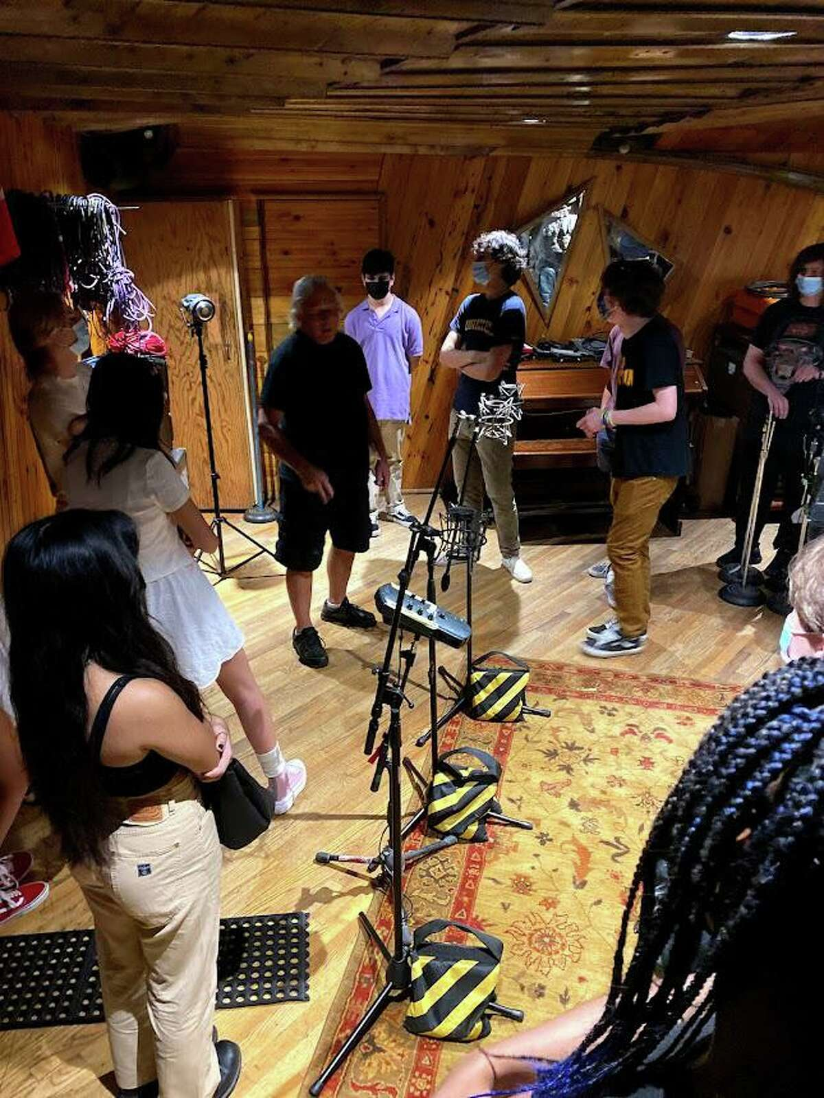 Students from the New Canaan School of Rock recently participated in the AllStars 2021 music program which took place at Carriage House Studios in Stamford.  The team recorded seven songs, including an original song written by their songwriter.