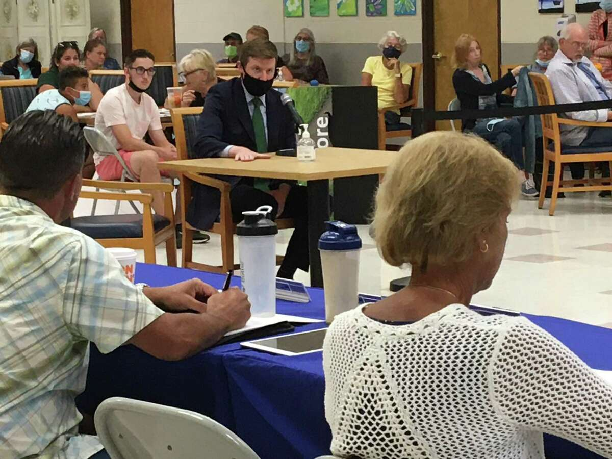 Tweed New Haven Regional Airport Executive Director Sean Scanlon speaks to the East Haven Town Council on Aug. 4, 2021.