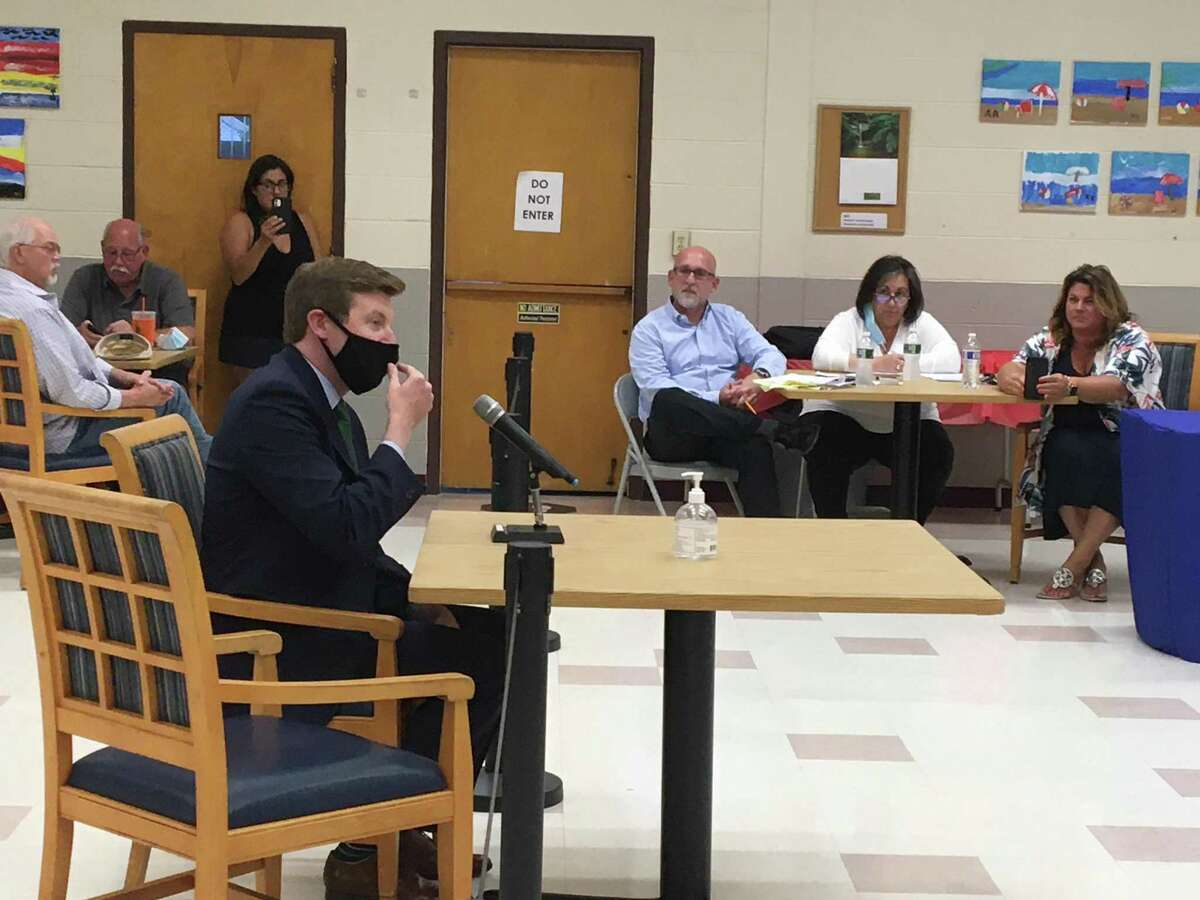 Tweed New Haven Regional Airport Executive Director Sean Scanlon speaks to the East Haven Town Council on Aug. 4, 2021