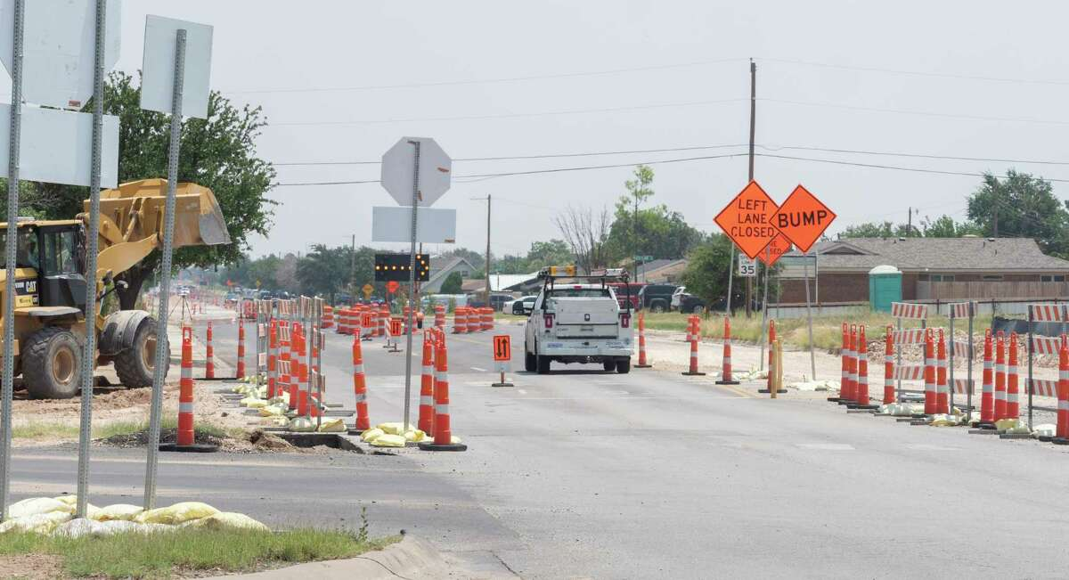 Work continues 08/04/2021 at the intersection of Illinois Ave and Thomason Drive. Tim Fischer/Reporter-Telegram