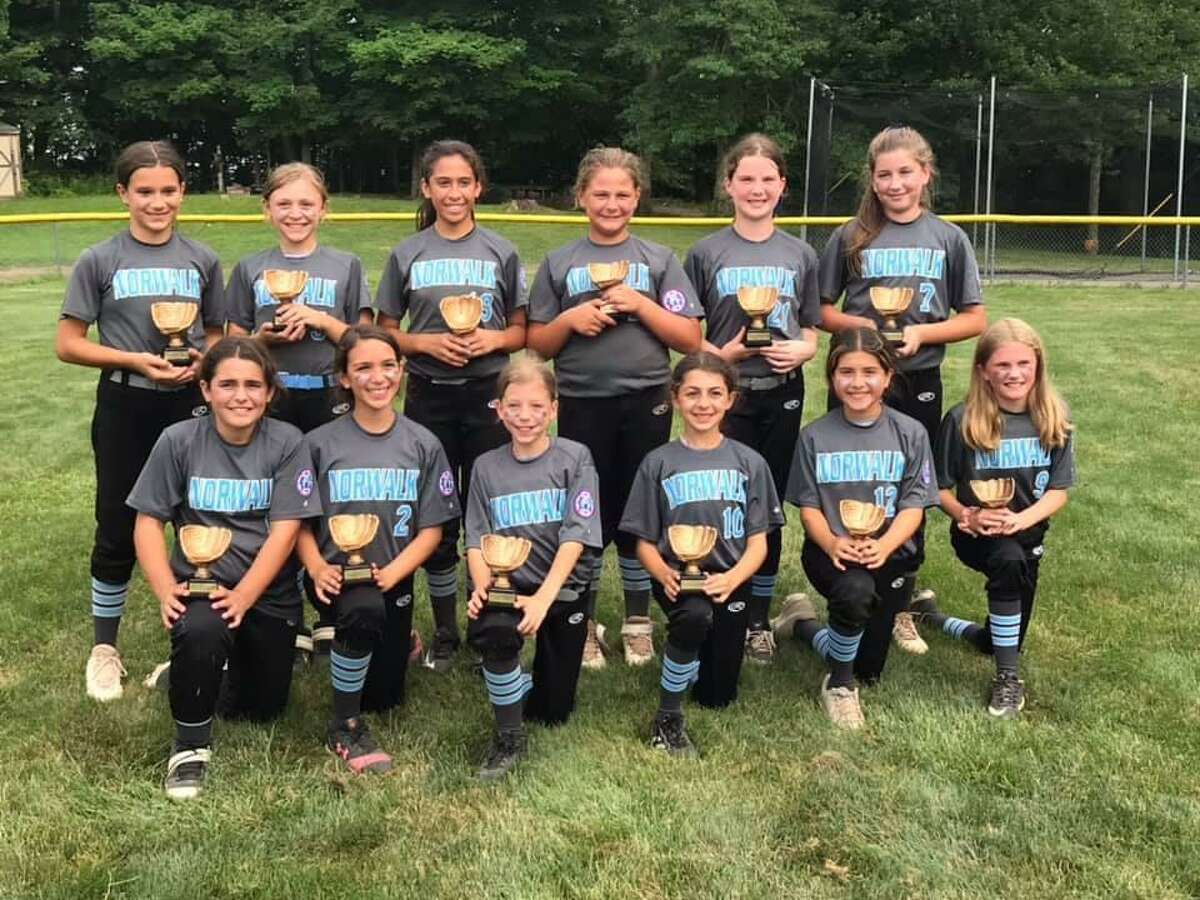 The Norwalk Zoomers recently won the Fairfield County Fastpitch Softball League 10U tournament.