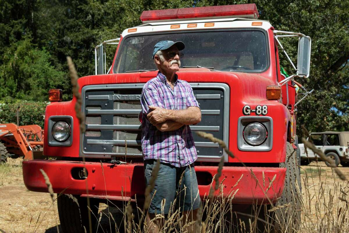 Randy Dunn purchased a 1980s firetruck to protect his vineyards in Angwin (Napa County) from wildfires.
