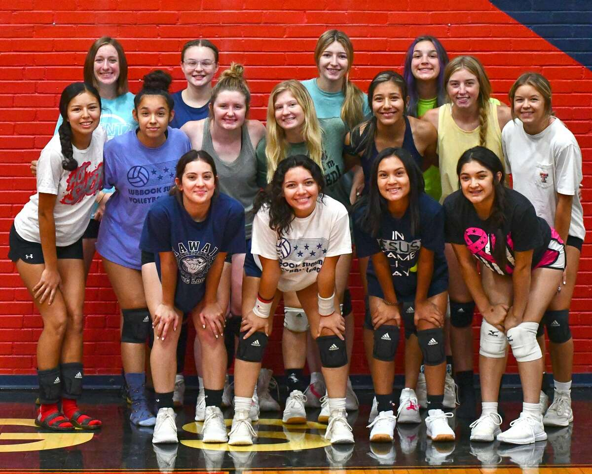 The 2021 Plainview volleyball team looks to build off of last year's playoff appearance, which was the first for the team since 2015.