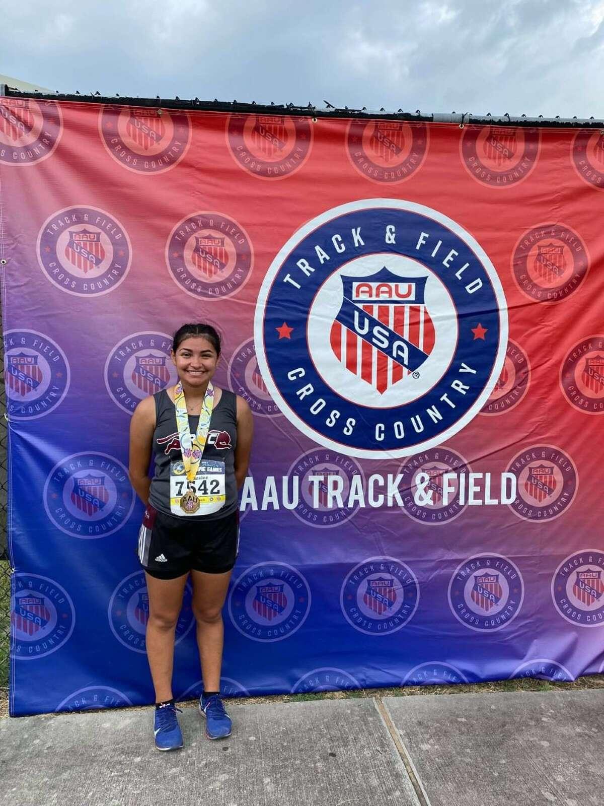 Jaqueline Gonzalez won the 3,000-meter race walk at the AAU Junior Olympics in Houston.