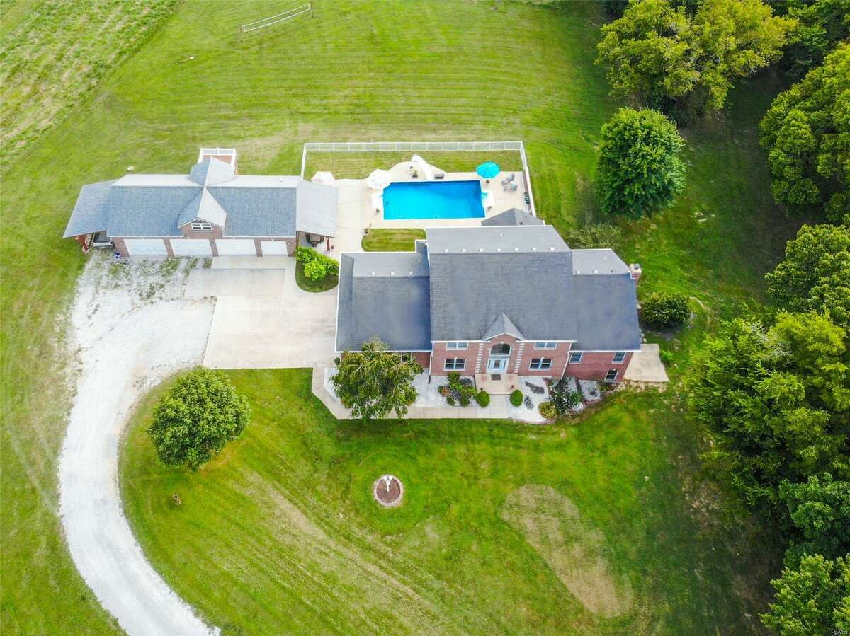The home at 1489 Pleasant Ridge Rd, Maryville