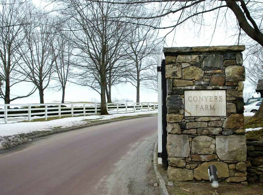 The Conyers Farm entrance to Hurlingham Drive in Greenwich, a private gated community. President Barack Obama is scheduled to attend a Democratic fundraiser there Thursday night. Photo: File Photo / Greenwich Time File Photo