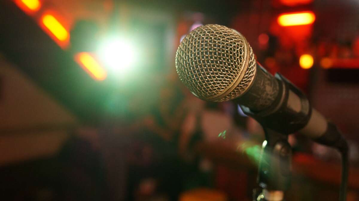 Comedy is back! Here are comedy festivals in Connecticut to attend this fall.