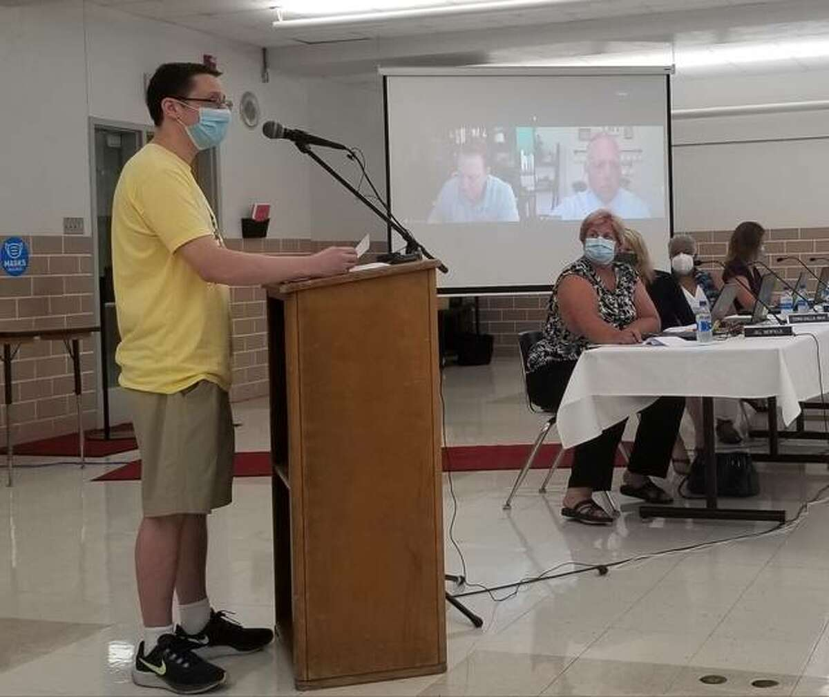 Parent Byron Hotson spoke in support of the district's plan and mask mandate.