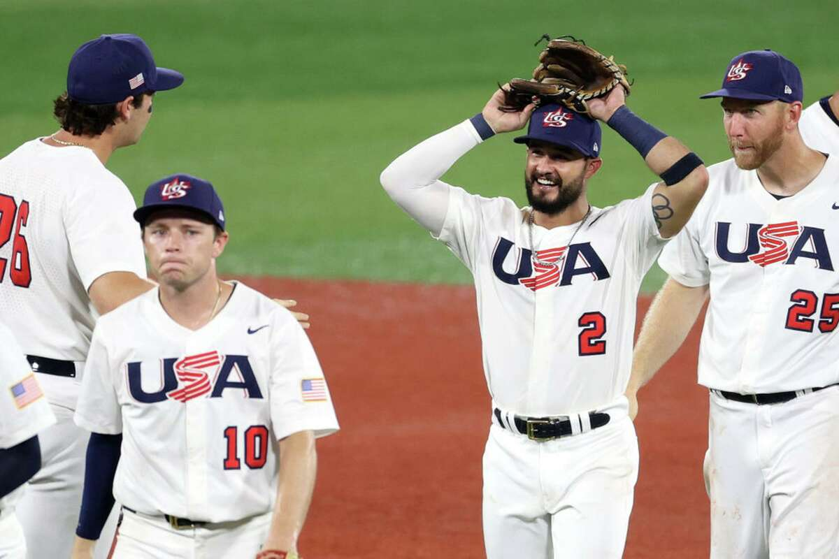 Eddy Alvarez (2), celebrating a win over Korea in the semifinals, will be the third U.S. athlete to win a medal in both Winter and Summer Games.