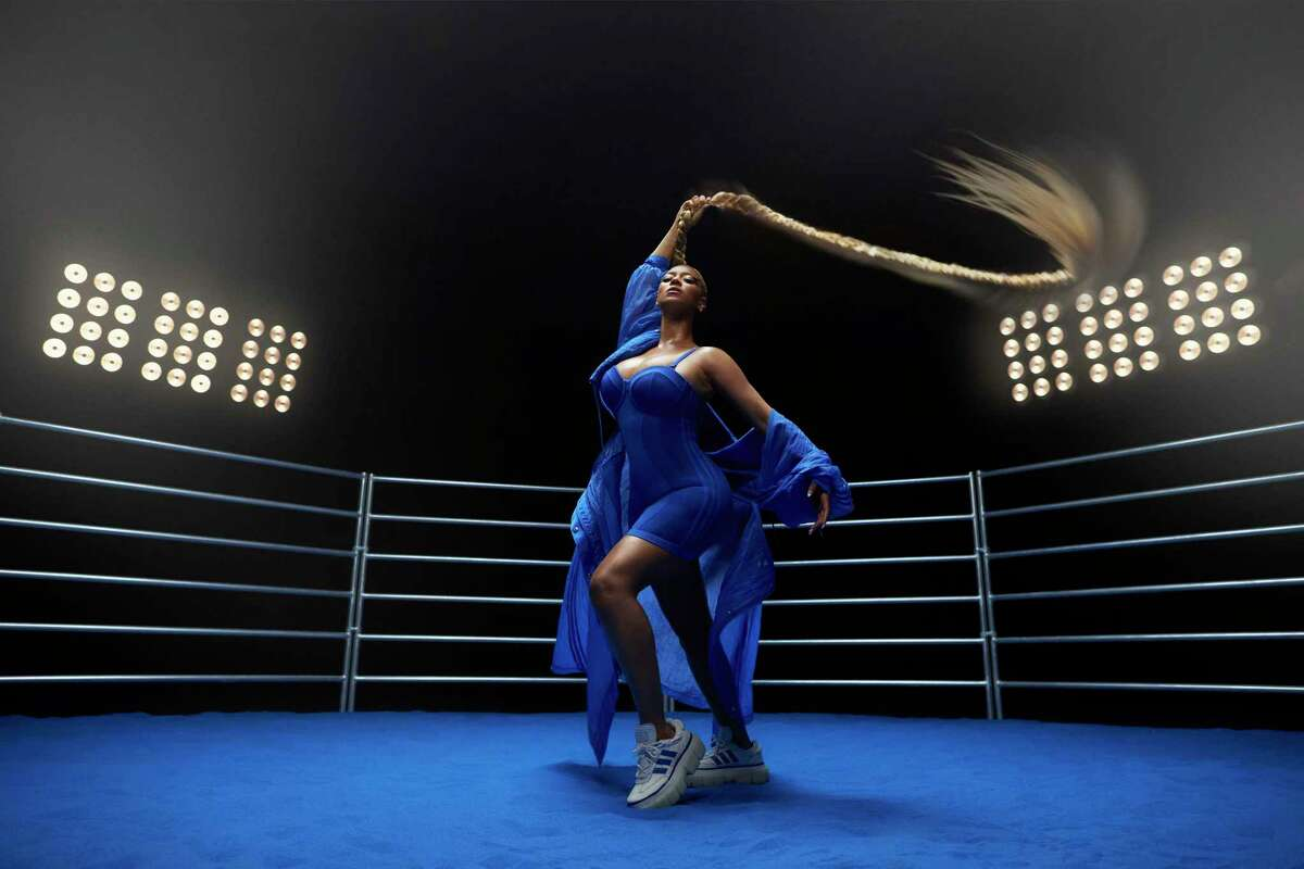 Beyoncé by Robin Harper