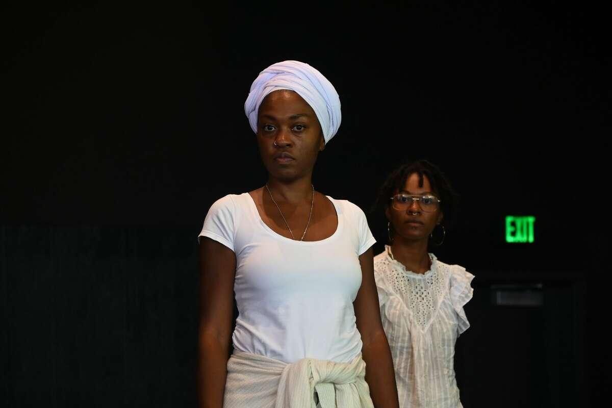 """Antoinette Cooper, left, and Nova Scott- James in """"SHE/HER"""" (credit Elke Rosthal)"""