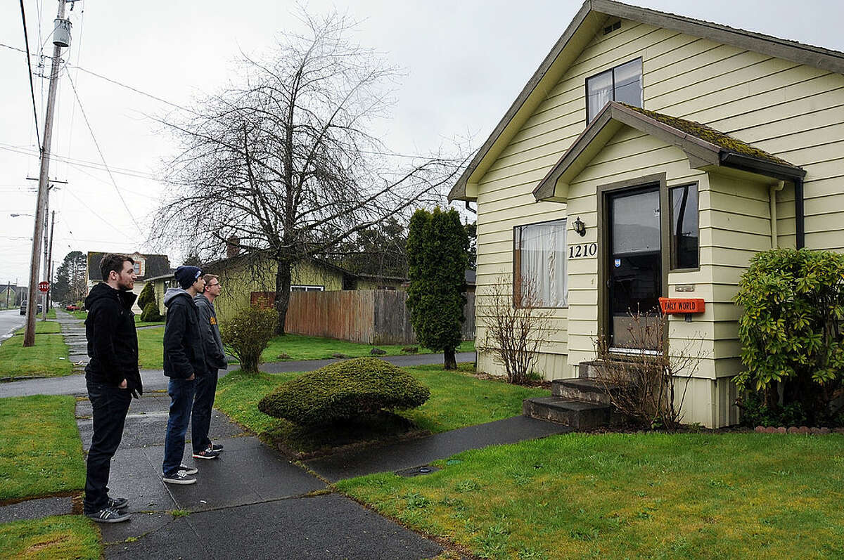 Nirvana fans at Kurt Cobain's childhood home from 1968 to 1976 on April 5, 2014 in Aberdeen, Washington.