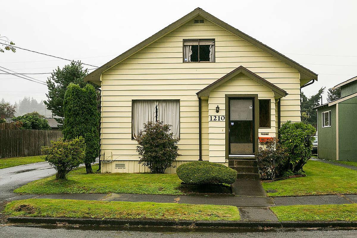 The exterior of Kurt Cobain's childhood home on September 27, 2013 in Aberdeen, Washington.