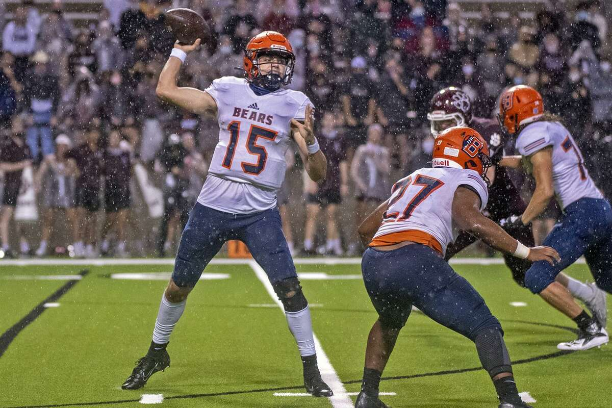Bridgeland High School senior quarterback Conner Weigman (No. 15) was among 38 Houston-area standouts named to the Touchdown Club of Houston 2021 UIL High School Preseason Football Team. Honorees will be recognized during a ceremony on Aug. 11 at the Bayou City Event Center.