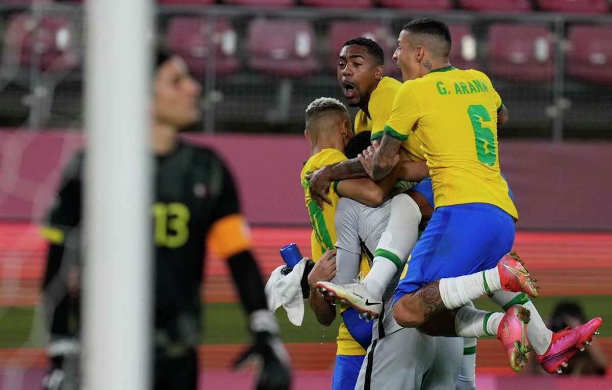 Defending Olympic champion Brazil returned to the gold medal match by beating Mexico in penalty kicks Tuesday.