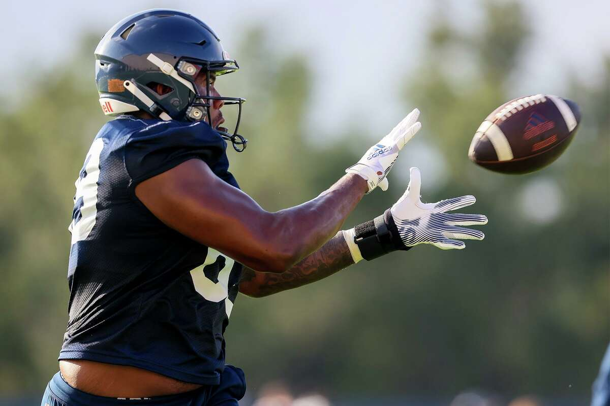 UTSA tight end Leroy Watson catches a pass during their first football practice of fall camp at the practice fields of the RACE facility on campus on Friday, Aug. 6, 2021.