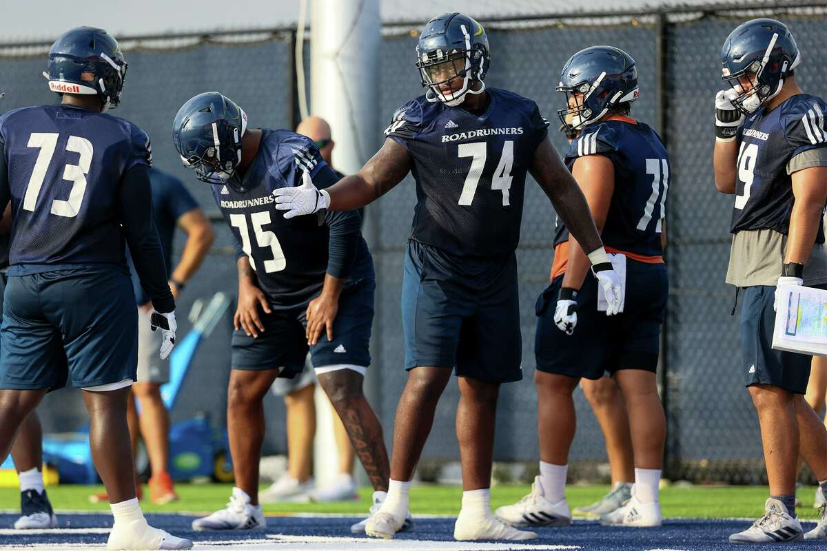 UTSA offensive lineman Spencer Burford, 74, participates in the Roadrunner's first football practice of fall camp at the practice fields of the RACE facility on campus on Friday, Aug. 6, 2021.