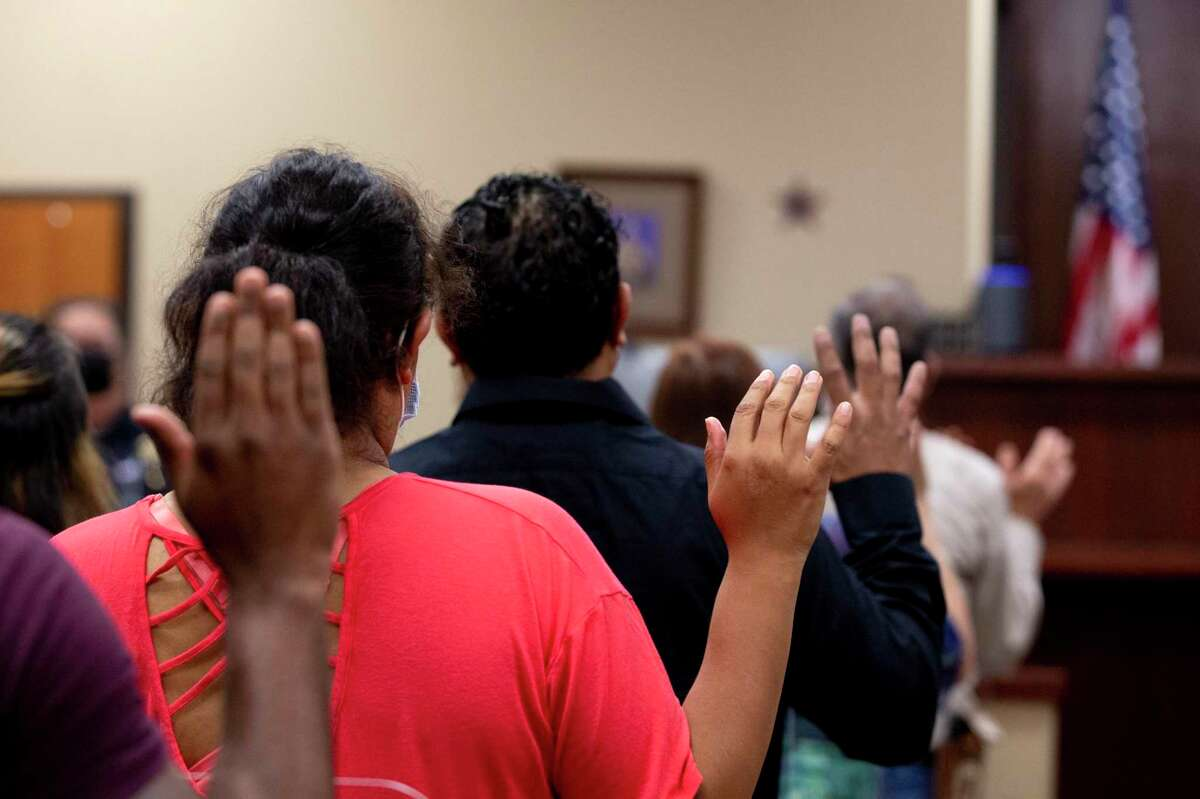 Landlords and tenants are sworn in at Eviction Court at the Bexar County Justice of the Peace 4. The CDC?•s moratorium lapsed over the weekend, but a new one was set in place Tuesday evening.