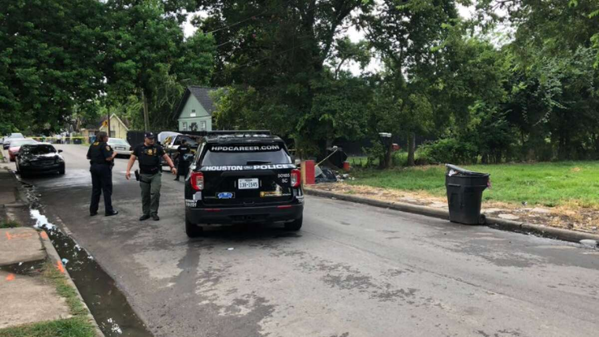 Houston police investigate a shooting Aug. 6, 2021, in the 3100 block of Anita Street.